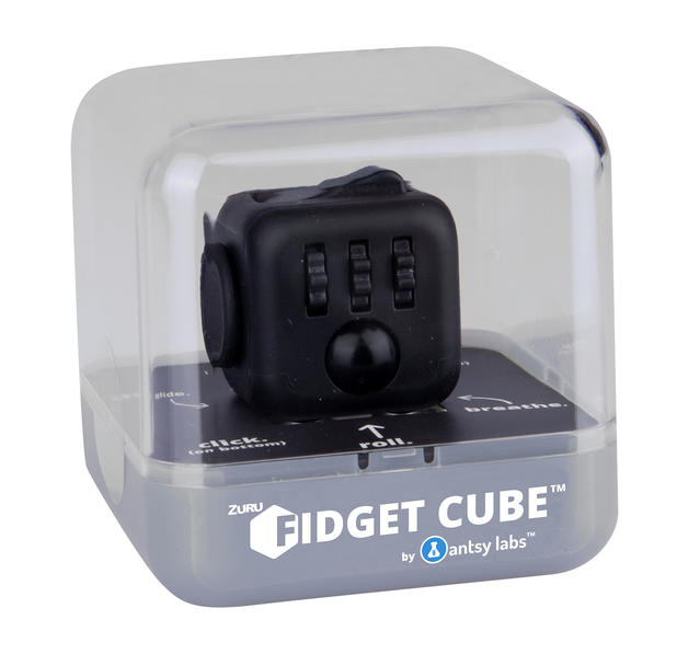 fidget cube original en vente sur close up. Black Bedroom Furniture Sets. Home Design Ideas