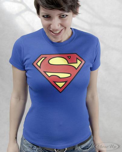 t shirt femme superman supergirl t shirts pour femmes. Black Bedroom Furniture Sets. Home Design Ideas